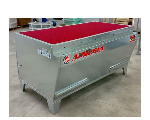 Banchi aspirazione polveri Dust Table E