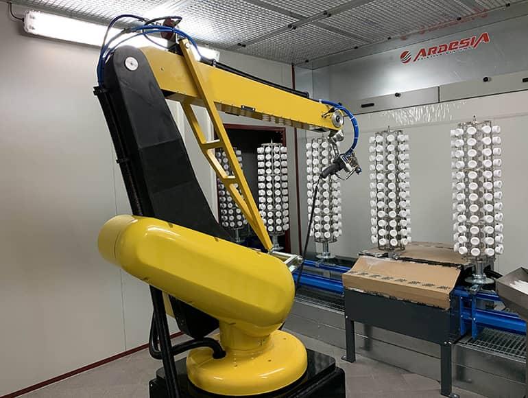 DAFO: trasportatore a pavimento, robot antropomorfo, cabina di verniciatura, forno di essiccazione by Ardesia
